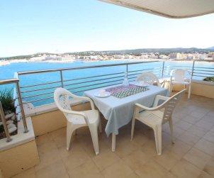 Apartamento  en L'Escala  para 4 personas con piscina compartida y vistas al mar  p1