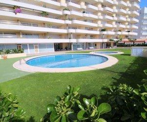 Apartamento   L'Escala para 4 personas con piscina comunitaria y vista mar p2