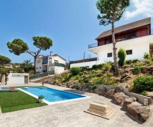 Villa   Tordera para 6 personas con piscina privada p2