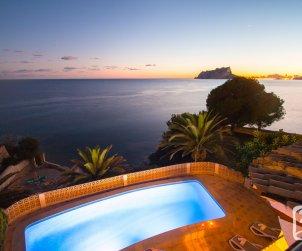 Villa   Moraira para 6 personas con piscina privada, aere acondicionado y bella vista mar p0