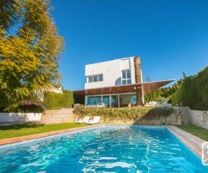 Villa   Benissa para 6 personas con piscina privada, internet y aere acondicionado p0