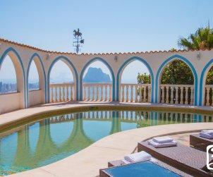 Villa   Calpe para 8 personas con piscina privada, aere acondicionado y vista mar p2