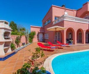 Villa   Empuriabrava para 8 personas con piscina privada p1
