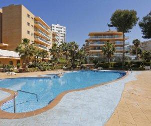 Apartamento   Salou para 4 personas con piscina comunitaria p0