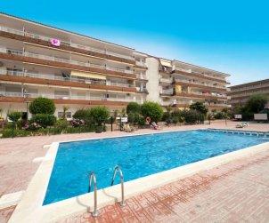 Apartamento   Blanes para 4 personas con piscina comunitaria p1