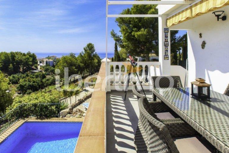 Villa   Nerja para 8 personas con piscina privada p5