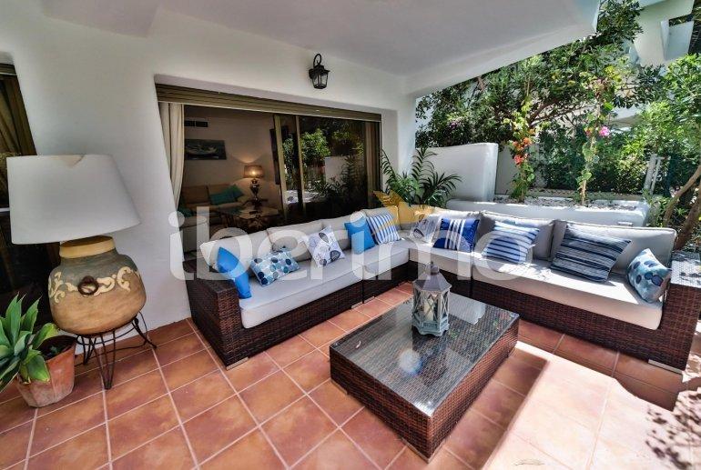 Apartamento   Marbella para 6 personas con piscina comunitaria p0