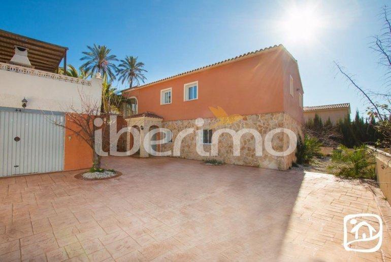 Gran villa  en Calpe  para 16 personas con piscina privada e internet  p15