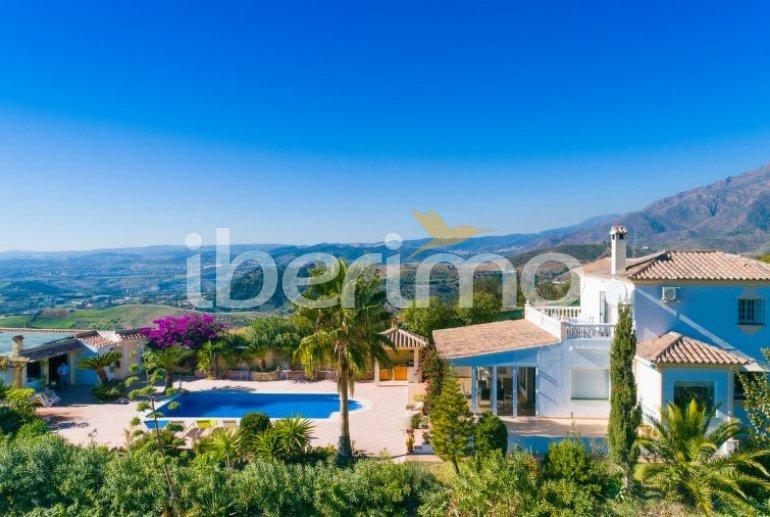 Villa   Estepona para 6 personas con piscina privada p4