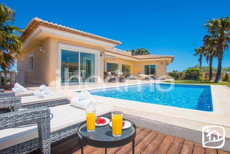 Villa  en Moraira  para 6 personas con piscina privada, vista mar y aire acondicionado  p0