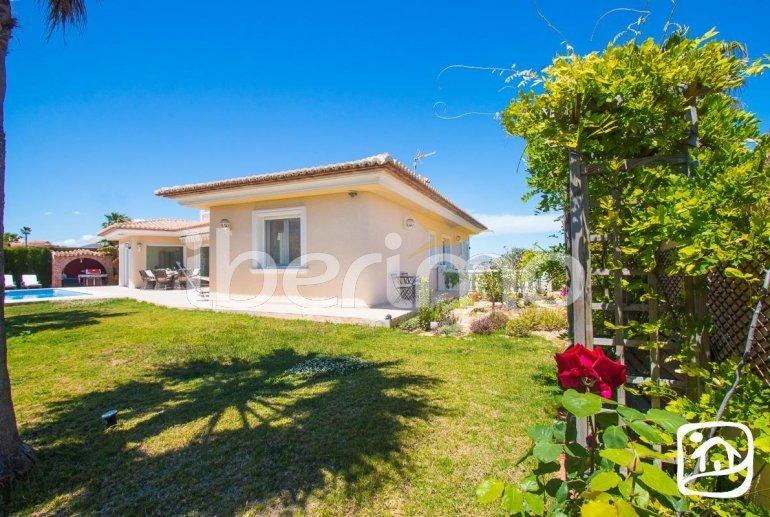 Villa  en Moraira  para 6 personas con piscina privada, vista mar y aire acondicionado  p24