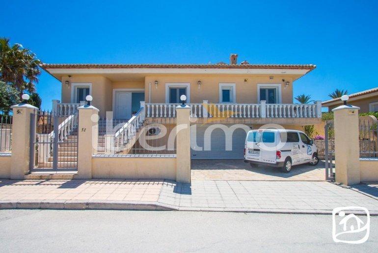 Villa  en Moraira  para 6 personas con piscina privada, vista mar y aire acondicionado  p2