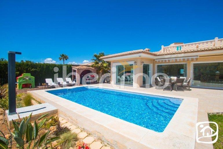 Villa  en Moraira  para 6 personas con piscina privada, vista mar y aire acondicionado  p3