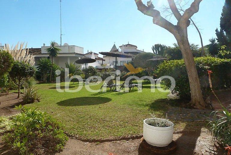 Apartamento   Benalmadena para 4 personas con piscina comunitaria p6