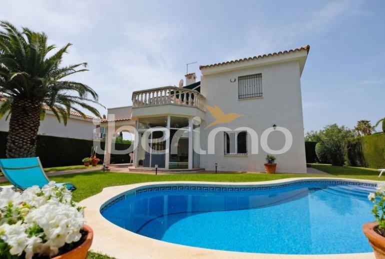 Villa   Cambrils para 4 personas con piscina privada p4