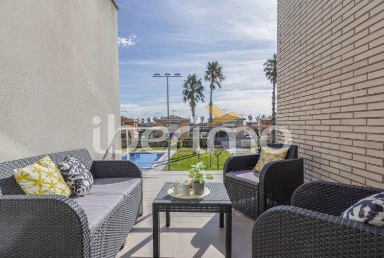 Villa   L'Ampolla para 6 personas con piscina comunitaria p16