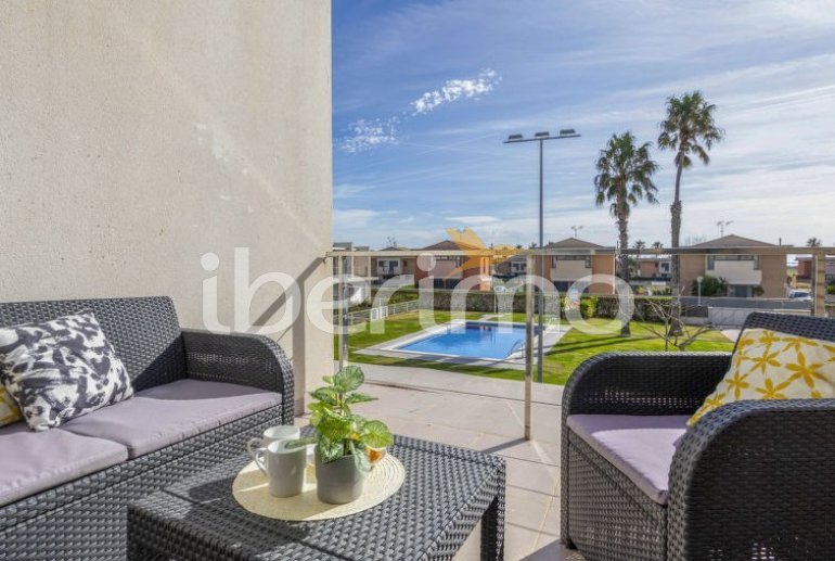 Villa   L'Ampolla para 6 personas con piscina comunitaria p17