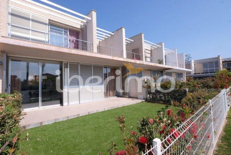 Villa   L'Ampolla para 6 personas con piscina comunitaria p6