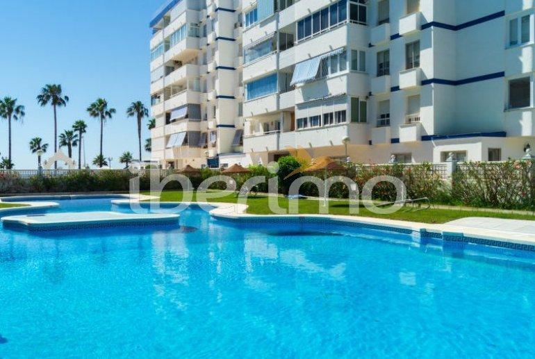 Apartamento   Benalmadena para 5 personas con piscina comunitaria p1