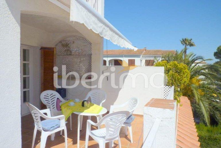 Apartamento  en l'Escala  para 6 personas con piscina comunitaria, parking y cerca del mar  p4