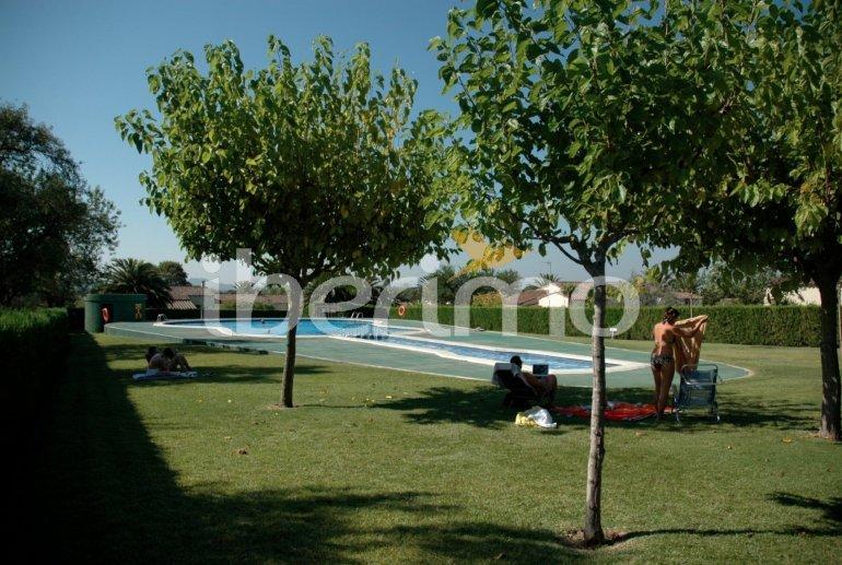 Villa   L'Estartit para 5 personas con piscina comunitaria p0
