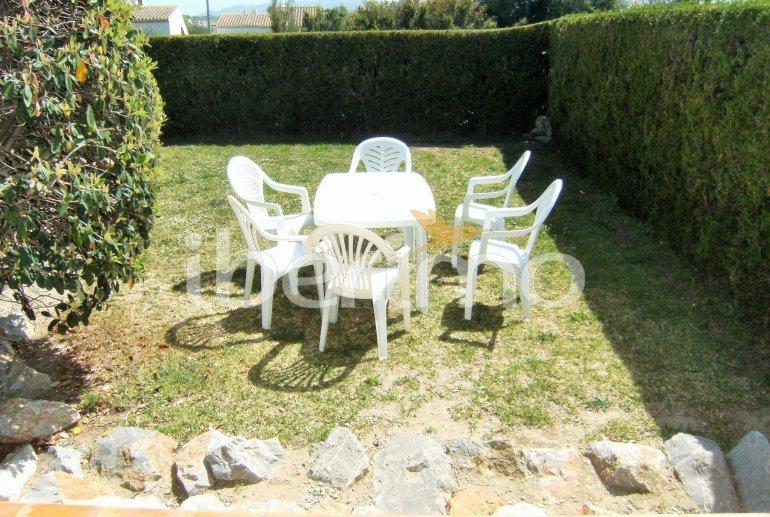 Villa   L'Estartit para 5 personas con piscina comunitaria p4