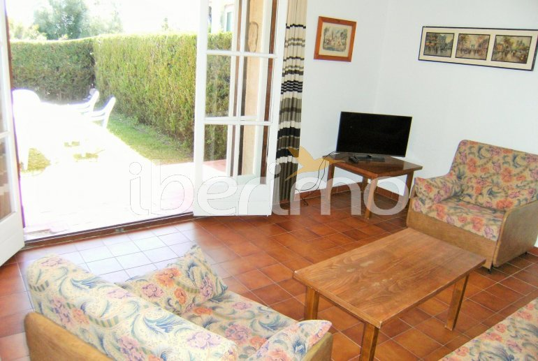 Villa   L'Estartit para 5 personas con piscina comunitaria p6