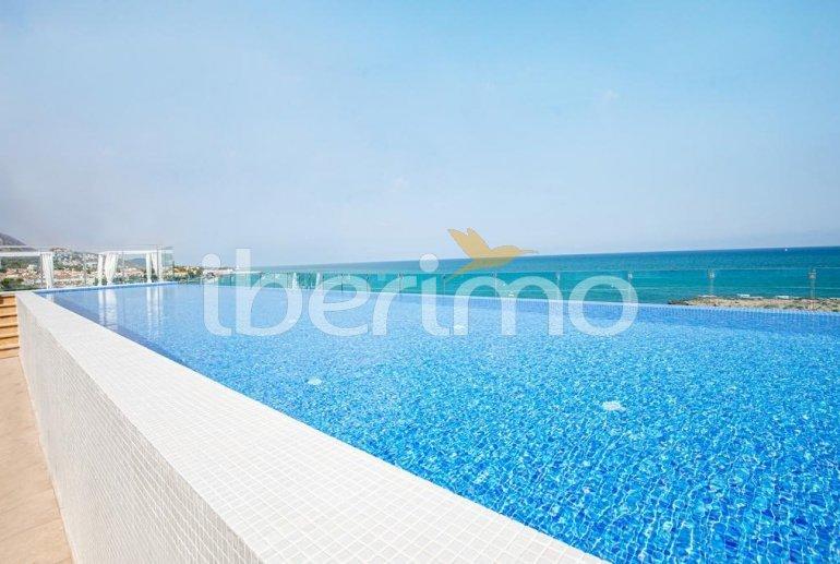 Apartamento  en Alcossebre  para 5 personas en complejo hotelero con piscina comunitaria en primera línea de mar  p1