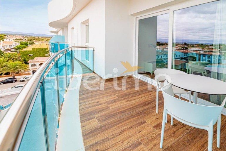 Apartamento  en Alcossebre  para 5 personas en complejo hotelero con piscina comunitaria en primera línea de mar  p5