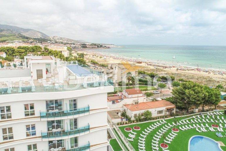 Apartamento  en Alcossebre  para 5 personas en un complejo hotelero con piscina comunitaria y vistas laterales al mar  p41