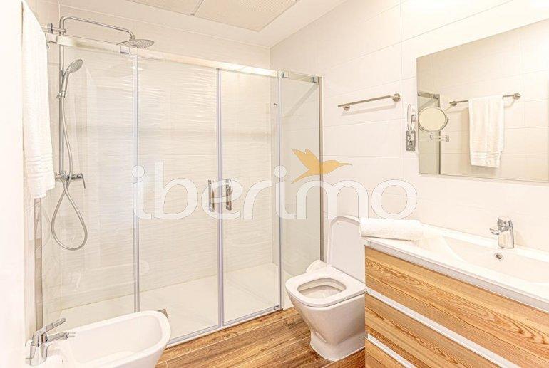 Apartamento  en Alcossebre  para 5 personas en un complejo hotelero con piscina comunitaria y vistas laterales al mar  p16