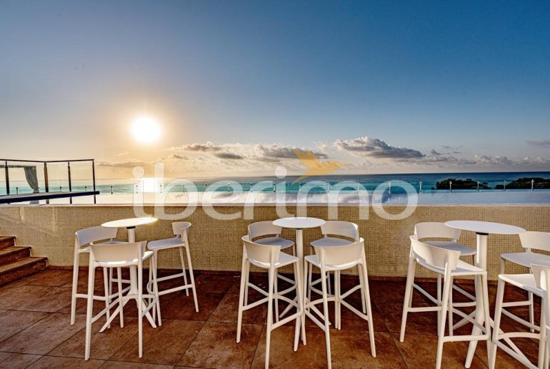 Apartamento  en Alcossebre  para 5 personas en complejo hotelero con piscina comunitaria y vista frontal al mar  p22