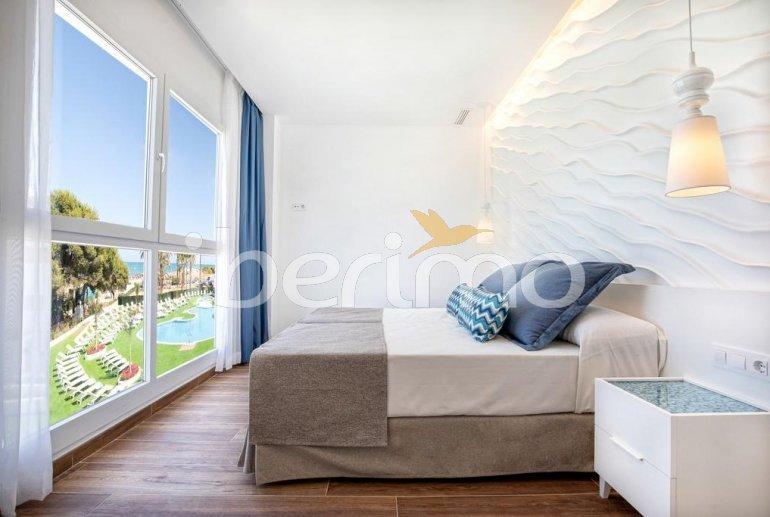 Apartamento familiar  en Alcossebre  para 5 personas en un complejo hotelero con piscina comunitaria y vistas directas al mar  p10