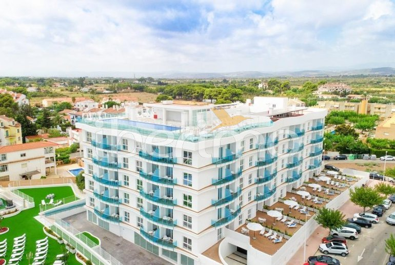Apartamento  en Alcossebre  para 5 personas en complejo hotelero con piscina comunitaria, gran terraza frente al mar  p39