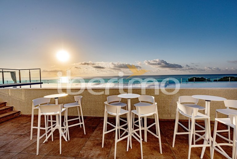 Apartamento  en Alcossebre  para 5 personas en complejo hotelero con piscina comunitaria, gran terraza frente al mar  p24