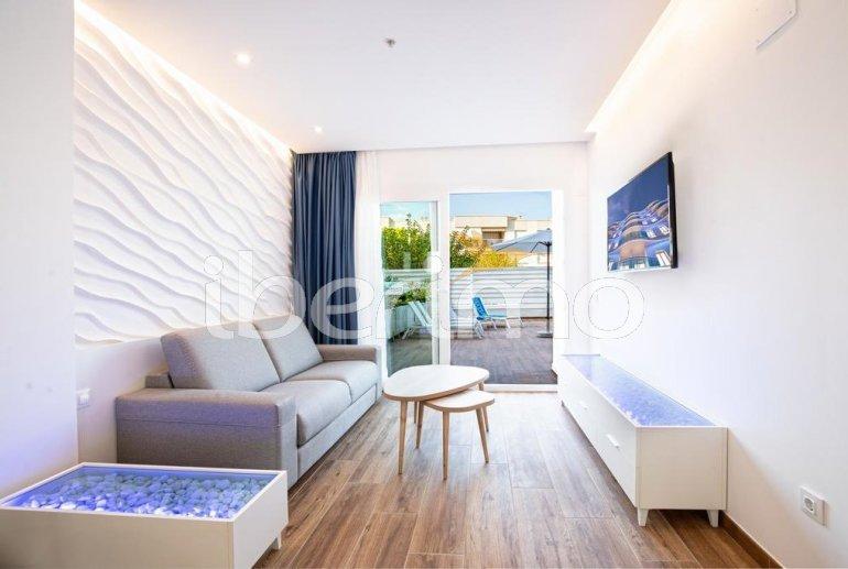 Apartamento  en Alcossebre  para 5 personas en complejo hotelero con piscina comunitaria, gran terraza frente al mar  p9