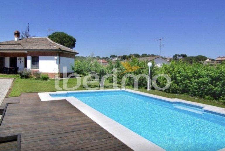 Villa  en Blanes  para 8 personas con piscina privada y bellavista jardin  p6