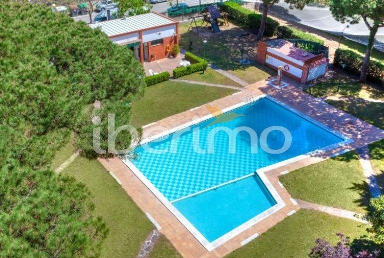 Apartamento   Blanes para 5 personas con piscina comunitaria p1