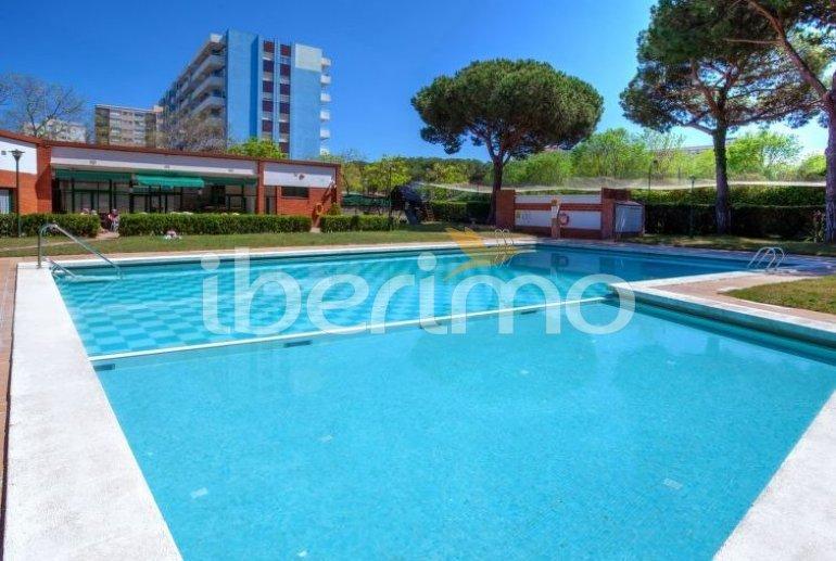 Apartamento   Blanes para 5 personas con piscina comunitaria p2