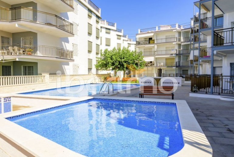 Apartamento   Cunit para 6 personas con piscina comunitaria p1