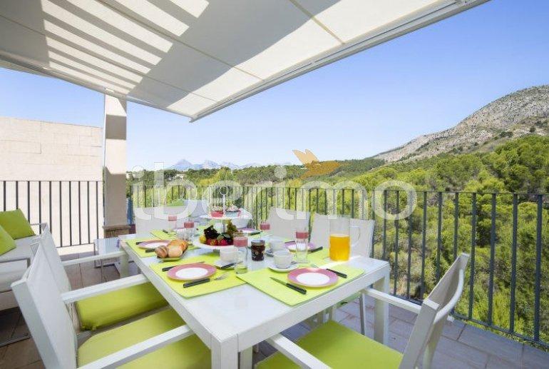 Villa   Altea para 6 personas con piscina comunitaria p1