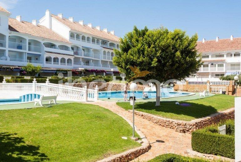 Apartamento   Alcoceber para 4 personas con piscina comunitaria y alrededor de la playa p3