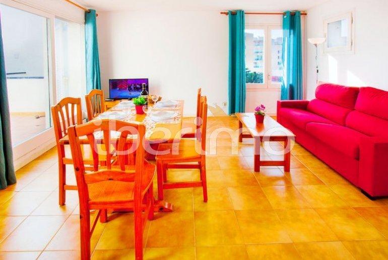Apartamento   Rosas para 6 personas con lavadora p7