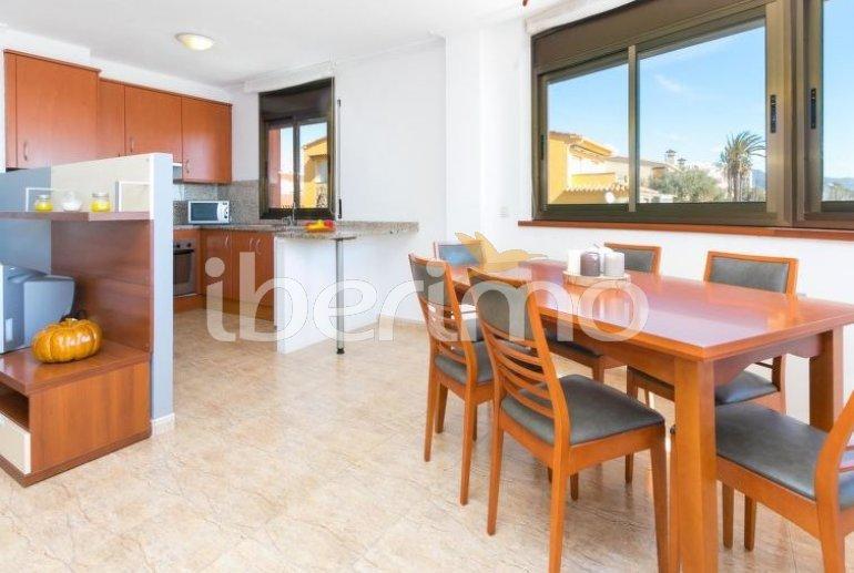 Apartamento   Empuriabrava para 6 personas con piscina comunitaria p10