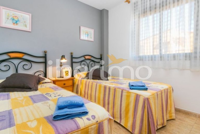 Apartamento   Empuriabrava para 6 personas con piscina comunitaria p15