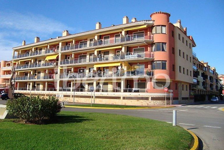 Apartamento   Empuriabrava para 6 personas con piscina comunitaria p1