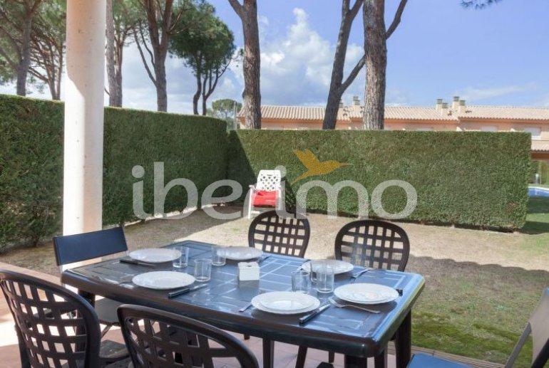 Villa   L'Escala para 6 personas con piscina comunitaria p1