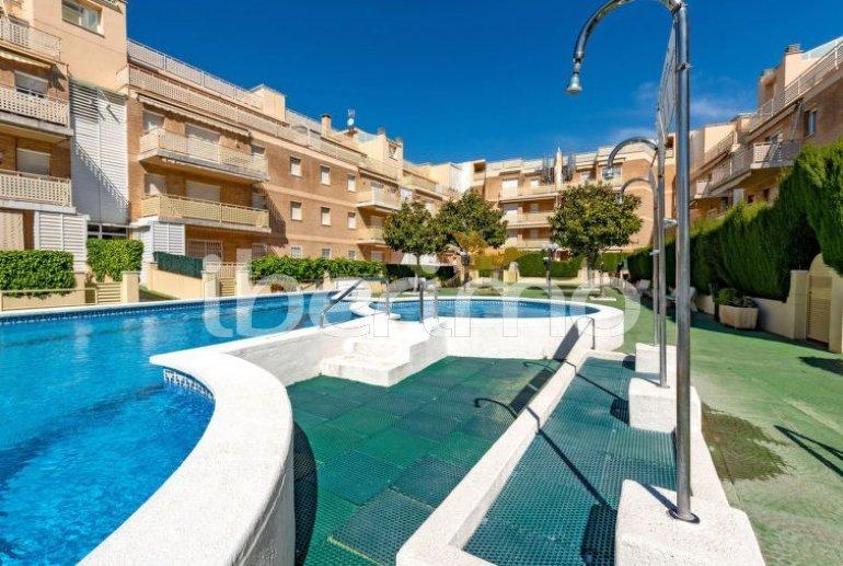 Apartamento   Cunit para 5 personas con piscina comunitaria p5