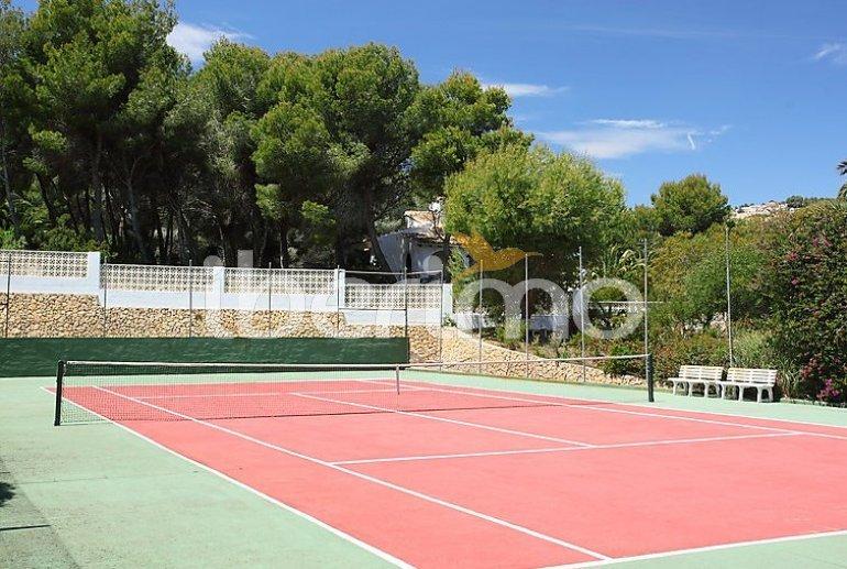 Villa   Moraira para 10 personas con piscina privada p4