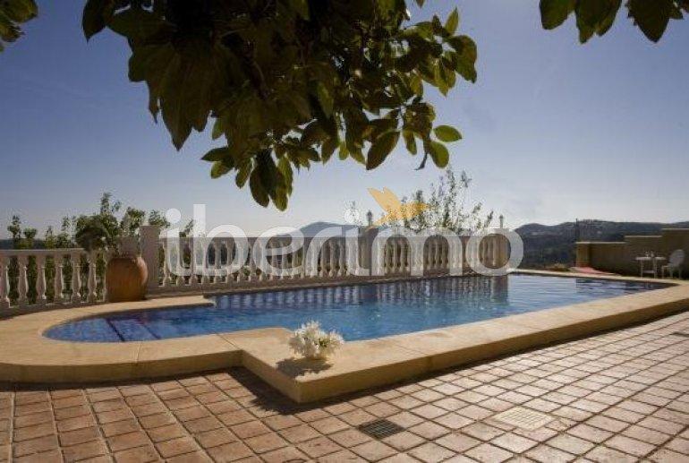 Villa   Callosa d´En Sarria - Confrides para 8 personas con piscina privada p4